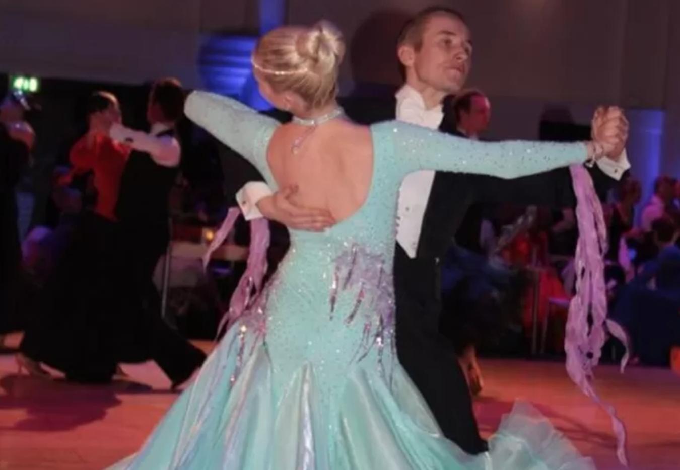 Gaaf! Thomas en Djoeke uit Almelo mogen eigen dans opvoeren in Grand Hotel Wien in Wenen
